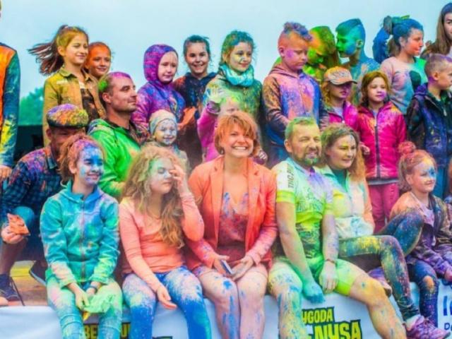 Kolorowa Radość z otwarcia rowerowej ścieżki